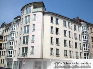 Eckhaus - Hausansicht - Wohnungen in der Anhalter Straße 1, Innenstadt von Halle (Saale) Charlottenviertel