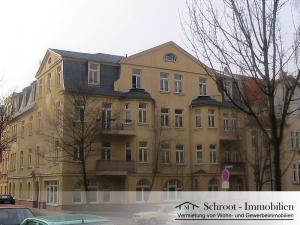 Eckhaus - Hausansicht - Wohnungen in der Bernhardystraße 12, südliche Innenstadt von Halle (Saale)