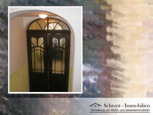 Eingangsbereich Treppeneingang - Wohnungen in der Bernhardystraße 12, südliche Innenstadt von Halle (Saale)