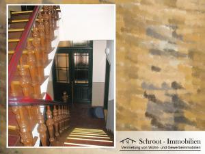 Eingangsbereich Treppenhaus - Wohnungen in der Bernhardystraße 38, südliche Innenstadt von Halle (Saale)