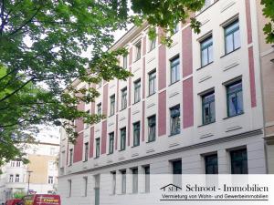 Eckhaus - Hausansicht - Wohnungen in der Bernhardystraße 51, südliche Innenstadt von Halle (Saale)